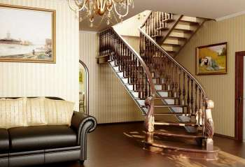 Деревянные лестницы в доме