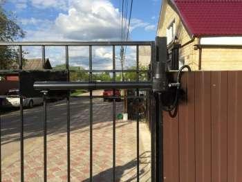 Особенности охраны периметра коттеджа или загородного дома