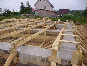 Дом из пеноблоков: какой выбрать фундамент
